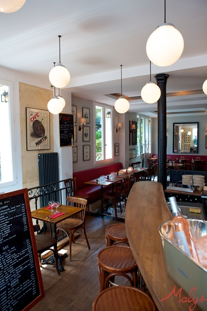 Paris-XVII-Bar